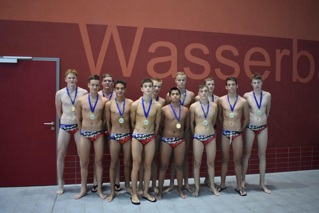 Siegerfoto mit Medaile